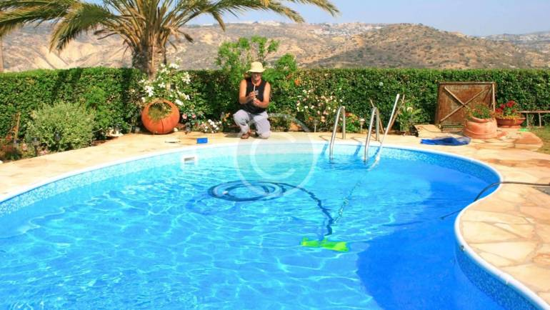 Pool cleaner repair and installation